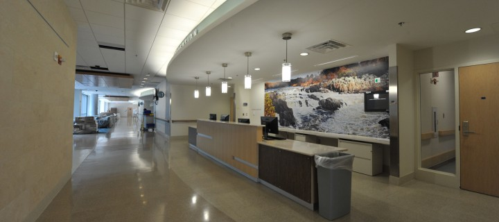 Fort Belvoir Community Hospital. This is the 1st reception area and the 2nd reception area (U.S. Navy photo by Mass Communication Specialist 2nd Class Todd Frantom/Released)
